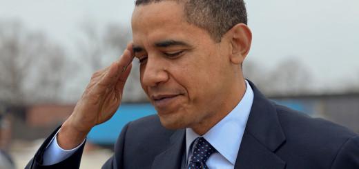 1024px-Obama_salutes